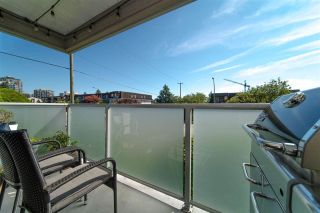 """Photo 18: 107 308 W 2ND Street in North Vancouver: Lower Lonsdale Condo for sale in """"Mahon Gardens"""" : MLS®# R2481062"""