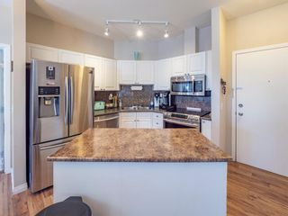 Main Photo: 204 1000 Applevillage Court SE in Calgary: Applewood Park Apartment for sale : MLS®# A1069281