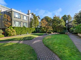 """Photo 16: 301 3480 MAIN Street in Vancouver: Main Condo for sale in """"THE NEWPORT"""" (Vancouver East)  : MLS®# R2503880"""