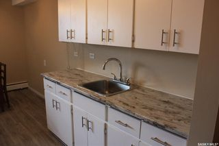 Photo 9: 105 143 St Lawrence Court in Saskatoon: River Heights SA Residential for sale : MLS®# SK863702