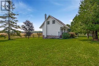 Photo 4: 2132 Poplar Road in Evansville: Agriculture for sale : MLS®# 2097424