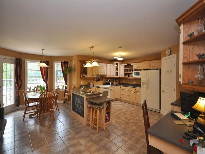 Photo 10: Photos: 6177 Highway 2 in Oakfield: 30-Waverley, Fall River, Oakfield Residential for sale (Halifax-Dartmouth)  : MLS®# 202025905