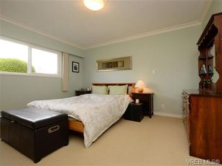 Photo 6: 7985 See Sea Pl in SAANICHTON: CS Saanichton House for sale (Central Saanich)  : MLS®# 727017