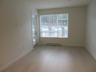 Photo 4: 310E 3038 ST GEORGE Street in Port Moody: Port Moody Centre Condo for sale : MLS®# R2523141