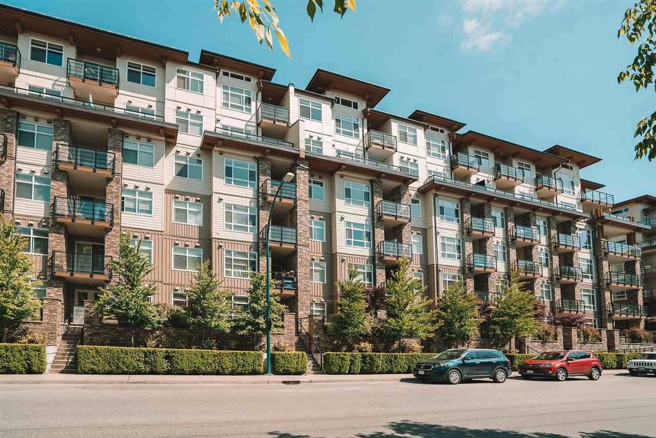 Main Photo: 205 2495 WILSON Avenue in Port Coquitlam: Central Pt Coquitlam Condo for sale : MLS®# R2584948