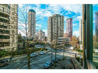 """Photo 1: 303 1367 ALBERNI Street in Vancouver: West End VW Condo for sale in """"THE LIONS"""" (Vancouver West)  : MLS®# V1099854"""