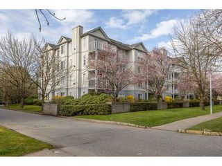 "Photo 2: 406 5465 201 Street in Langley: Langley City Condo for sale in ""BRIARWOOD PARK"" : MLS®# R2561144"