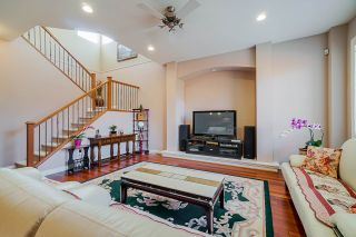 """Photo 6: 6955 196A Street in Langley: Willoughby Heights House for sale in """"Camden Park"""" : MLS®# R2446076"""