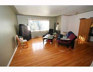 Photo 2:  in CALGARY: Glenbrook Residential Detached Single Family for sale (Calgary)  : MLS®# C3254776