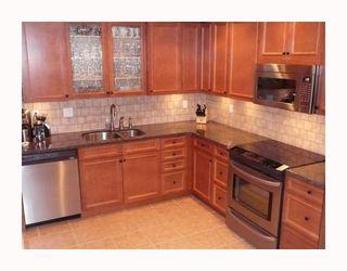 Photo 2: 117 12871 RAILWAY Avenue in Richmond: Steveston South Condo for sale : MLS®# V737645
