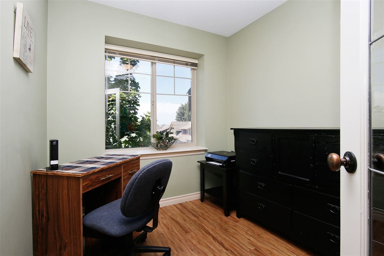 """Photo 7: Photos: 2 46840 RUSSELL Road in Sardis: Promontory Townhouse for sale in """"TIMBER RIDGE"""" : MLS®# R2197387"""