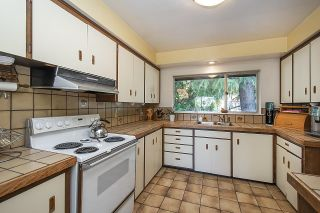 Photo 10: 555 LUCERNE Place in North Vancouver: Upper Delbrook House for sale : MLS®# R2599437