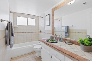 Photo 26: BAY PARK House for sale : 4 bedrooms : 3636 Mount Laurence Dr in San Diego