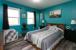 """Photo 8: 33906 VICTORY Boulevard in Abbotsford: Central Abbotsford House for sale in """"Alexander Elem"""" : MLS®# R2317015"""