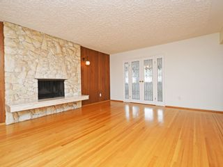 Photo 3: 4939 FRANCES Street in Burnaby: Capitol Hill BN House for sale (Burnaby North)  : MLS®# R2404530