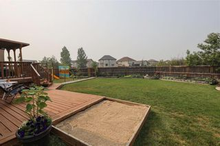 Photo 3: 11 Autumnview Drive in Winnipeg: South Pointe Residential for sale (1R)  : MLS®# 202118163