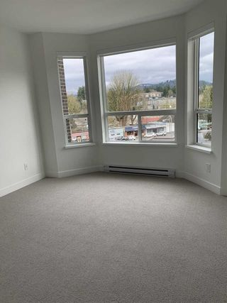 "Photo 13: 408 2493 MONTROSE Avenue in Abbotsford: Central Abbotsford Condo for sale in ""Upper Montrose"" : MLS®# R2539998"