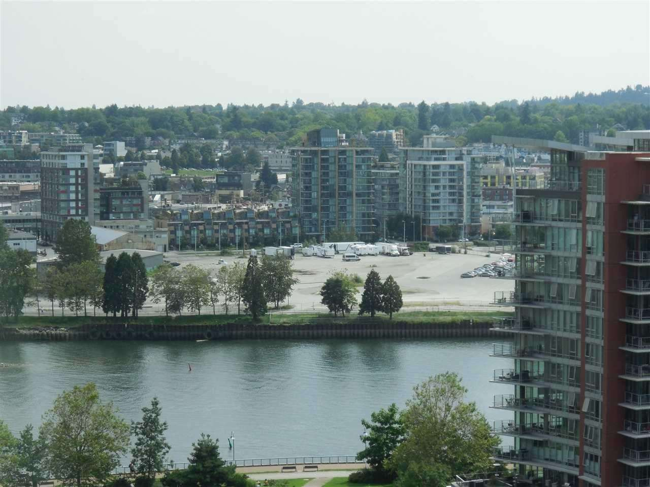 """Main Photo: 1701 68 SMITHE Street in Vancouver: Yaletown Condo for sale in """"One Pacific"""" (Vancouver West)  : MLS®# R2591862"""