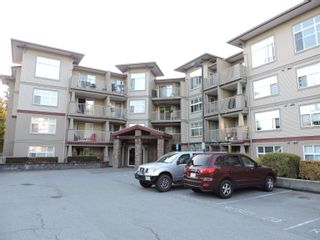 """Photo 2: 305 2515 PARK Drive in Abbotsford: Abbotsford East Condo for sale in """"VIVA"""" : MLS®# R2613425"""