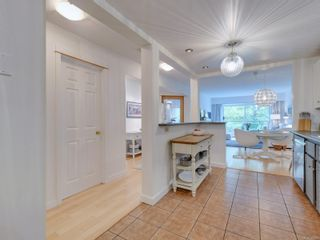 Photo 7: 109 10461 Resthaven Dr in : Si Sidney North-East Condo for sale (Sidney)  : MLS®# 888017