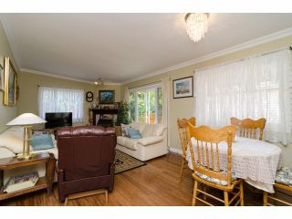 """Photo 3: 42 1400 164 Street in Surrey: King George Corridor House for sale in """"Gateway Gardens"""" (South Surrey White Rock)  : MLS®# F1419963"""