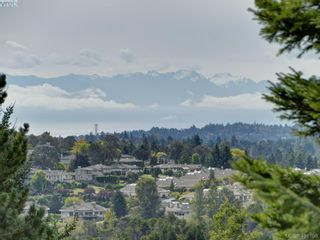 Photo 22: 5 901 Kentwood Lane in VICTORIA: SE Broadmead Row/Townhouse for sale (Saanich East)  : MLS®# 825659