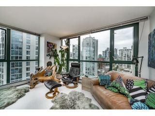 Photo 5: Vancouver West in Yaletown: Condo for sale : MLS®# R2073566