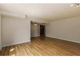 """Photo 5: 302 1689 E 4TH Avenue in Vancouver: Grandview VE Condo for sale in """"ANGUS MANOR"""" (Vancouver East)  : MLS®# V1135533"""