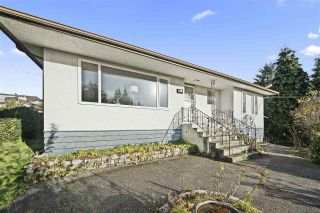 Photo 2: 7495 AUBREY STREET in Burnaby: Simon Fraser Univer. House for sale (Burnaby North)  : MLS®# R2517883