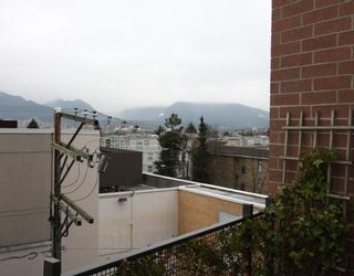 Photo 8: # 301 2635 PRINCE EDWARD ST in Vancouver: Condo for sale : MLS®# V806575