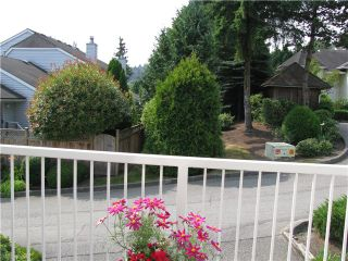"""Photo 8: 104 1180 FALCON Drive in Coquitlam: Eagle Ridge CQ Townhouse for sale in """"FALCON HEIGHTS"""" : MLS®# V1019475"""