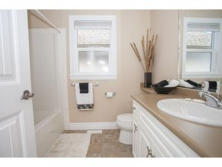 """Photo 9: 15691 23A Avenue in Surrey: Sunnyside Park Surrey House for sale in """"CRANLEY GATE"""" (South Surrey White Rock)  : MLS®# F1439937"""