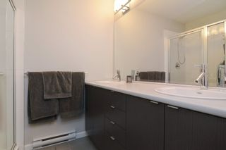 """Photo 13: 120 19505 68A Avenue in Surrey: Clayton Townhouse for sale in """"CLAYTON RISE"""" (Cloverdale)  : MLS®# R2014295"""