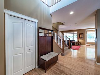 Photo 8: 7 Springbluff Boulevard in Calgary: Springbank Hill Detached for sale : MLS®# A1124465