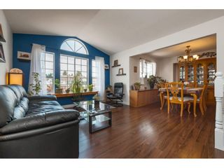 Photo 3: 8465 COX Drive in Mission: Mission BC House for sale : MLS®# R2390455