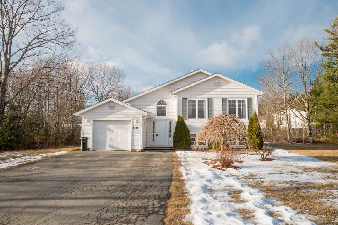 Main Photo: 1135 Main Street in Kingston: 404-Kings County Residential for sale (Annapolis Valley)  : MLS®# 201901710