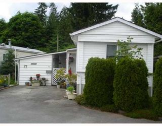 """Photo 1: 17 12868 229TH Street in Maple Ridge: East Central Manufactured Home for sale in """"ALOUETTE RETIREMENT MHP"""" : MLS®# V770985"""