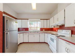 "Photo 7: 12745 23 Avenue in Surrey: Crescent Bch Ocean Pk. House for sale in ""Crescent Beach Ocean Park"" (South Surrey White Rock)  : MLS®# R2397456"