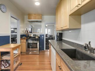 """Photo 9: 2185 COLLINGWOOD Street in Vancouver: Kitsilano House for sale in """"Kitsilano"""" (Vancouver West)  : MLS®# R2311078"""