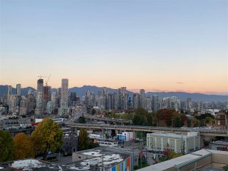 """Photo 2: 1001 2288 PINE Street in Vancouver: Fairview VW Condo for sale in """"THE FAIRVIEW"""" (Vancouver West)  : MLS®# R2513601"""