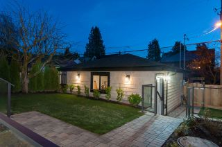 Photo 3: 3948 W 24TH Avenue in Vancouver: Dunbar House for sale (Vancouver West)  : MLS®# R2333295