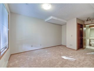 Photo 16: 723 WOODBINE Boulevard SW in CALGARY: Woodbine Residential Attached for sale (Calgary)  : MLS®# C3584095