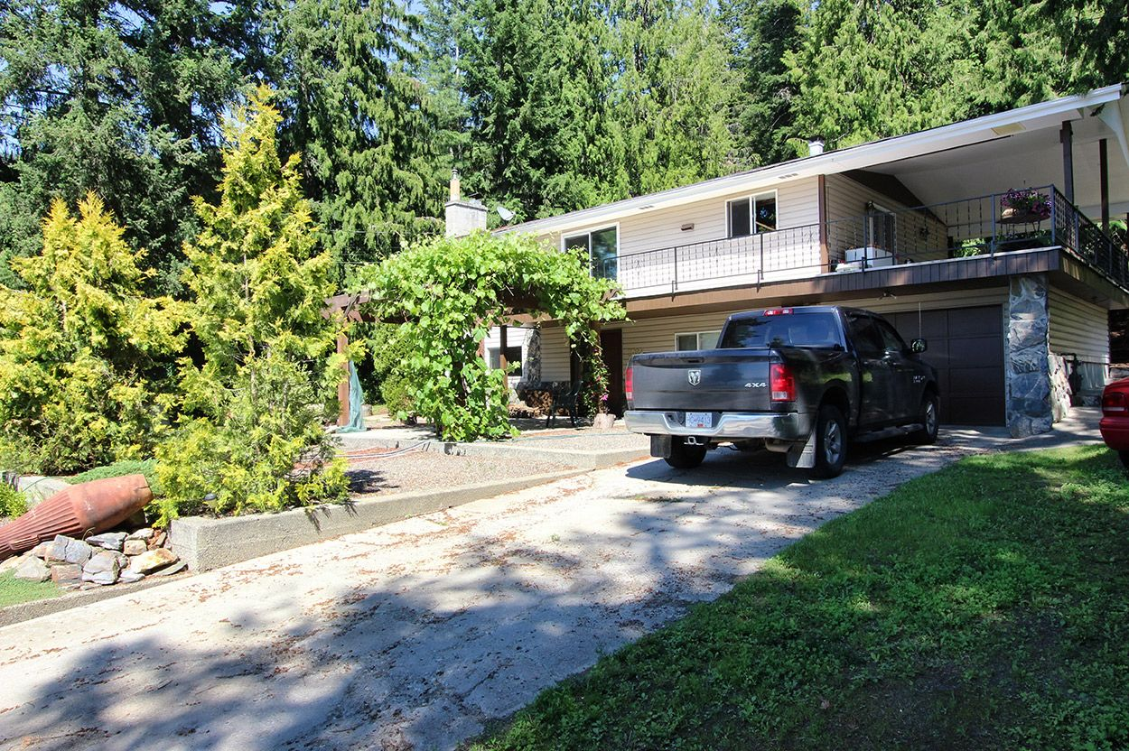 Photo 37: Photos: 2022 Eagle Bay Road: Blind Bay House for sale (South Shuswap)  : MLS®# 10202297