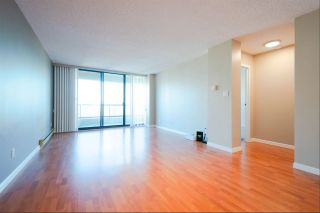 """Photo 2: 2404 4353 HALIFAX Street in Burnaby: Brentwood Park Condo for sale in """"BRENT GARDENS"""" (Burnaby North)  : MLS®# R2331880"""