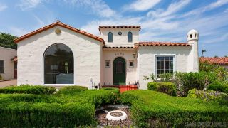 Photo 2: KENSINGTON House for sale : 3 bedrooms : 4890 Biona Dr in San Diego