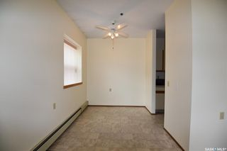 Photo 5: 102 102 Manor Drive in Nipawin: Residential for sale : MLS®# SK856376