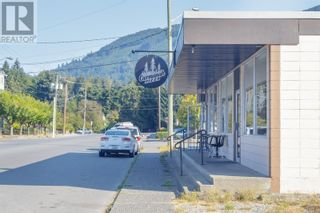 Photo 37: 39 King George St in Lake Cowichan: Business for sale : MLS®# 887744
