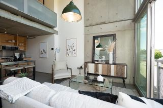 """Photo 8: 508 1540 W 2ND Avenue in Vancouver: False Creek Condo for sale in """"WATERFALL"""" (Vancouver West)  : MLS®# R2594378"""