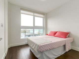 """Photo 12: 314 2250 COMMERCIAL Drive in Vancouver: Grandview VE Condo for sale in """"Marquee on Commercial"""" (Vancouver East)  : MLS®# R2154734"""