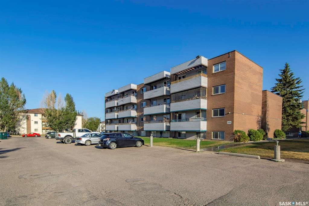 Main Photo: 101 525 X Avenue South in Saskatoon: Meadowgreen Residential for sale : MLS®# SK863626